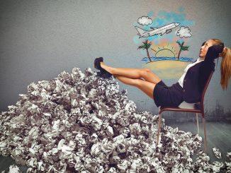 Overworked businesswoman dream holidays